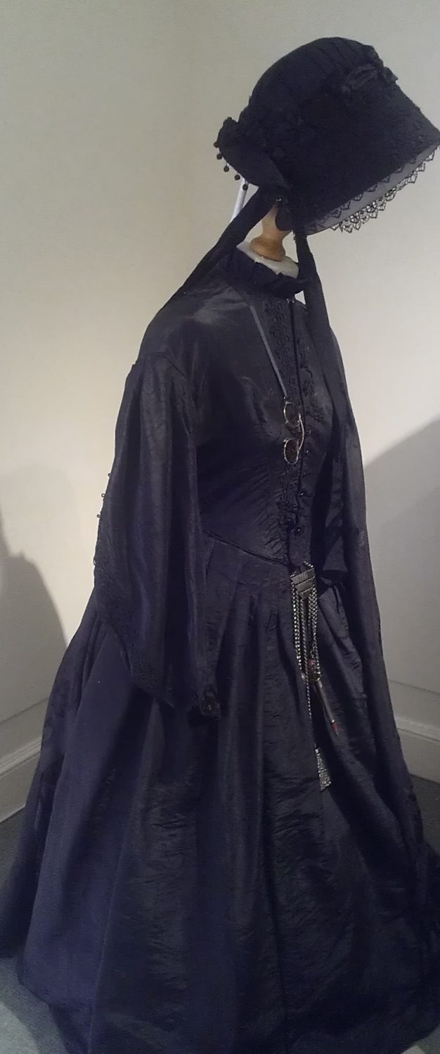 Mourning gown